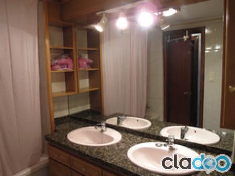 Se vende piso c ntrico exterior cuatro dormitorios for Se vende jacuzzi exterior